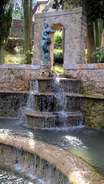 Historischer Figurenbrunnen