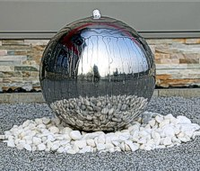 Luxus Edelstahl Springbrunnen poliert mit 48cm großer Edelstahlkugel Kugel Brunnen für Garten mit LED Beleuchtung