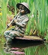 Wasserspiel Flötenspieler am Weiher