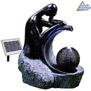 Solarbrunnen Freiland Frau mit Kugel